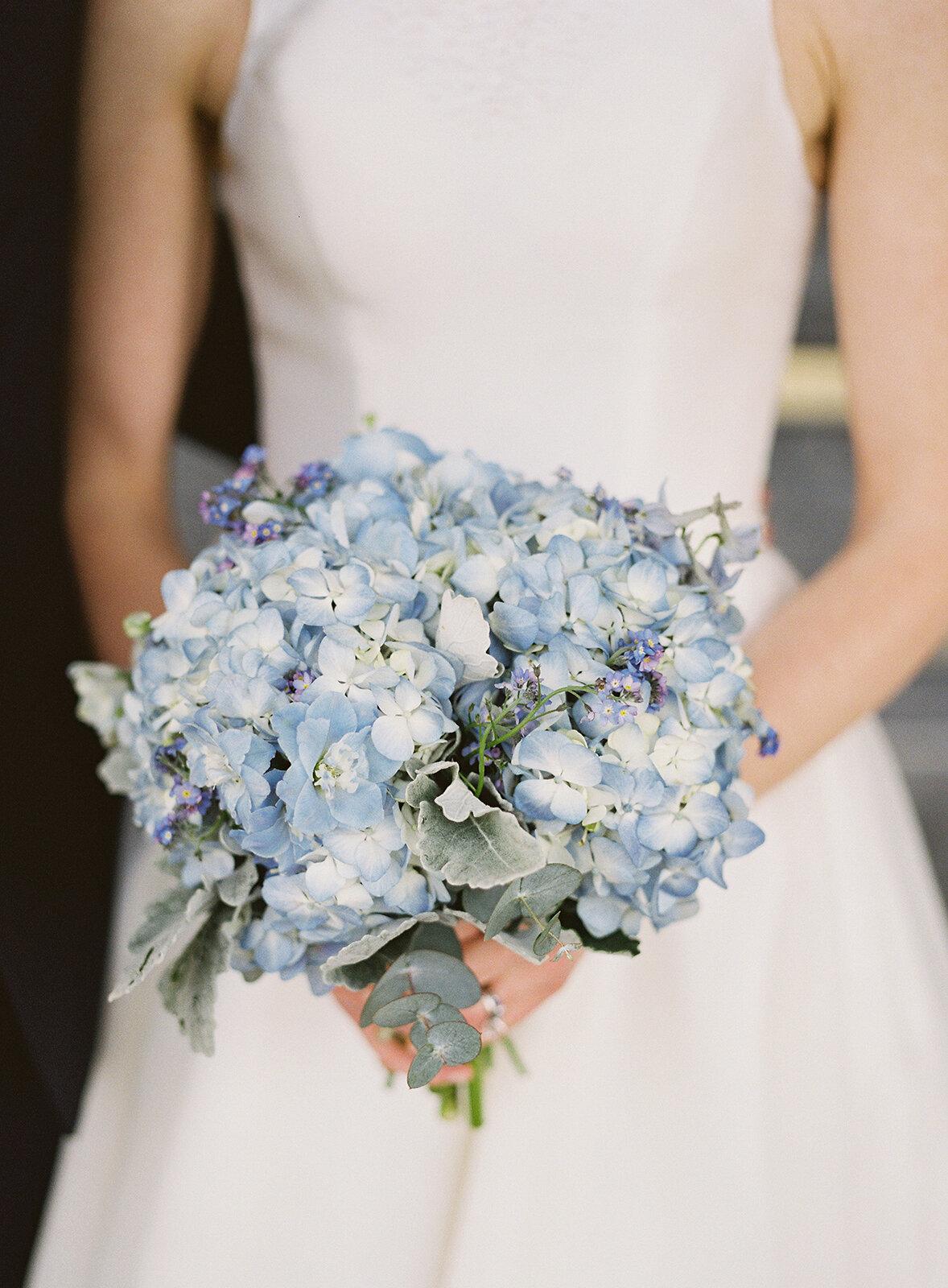 Blue-hydrangea-bouquet-williamsburg-photo-studios