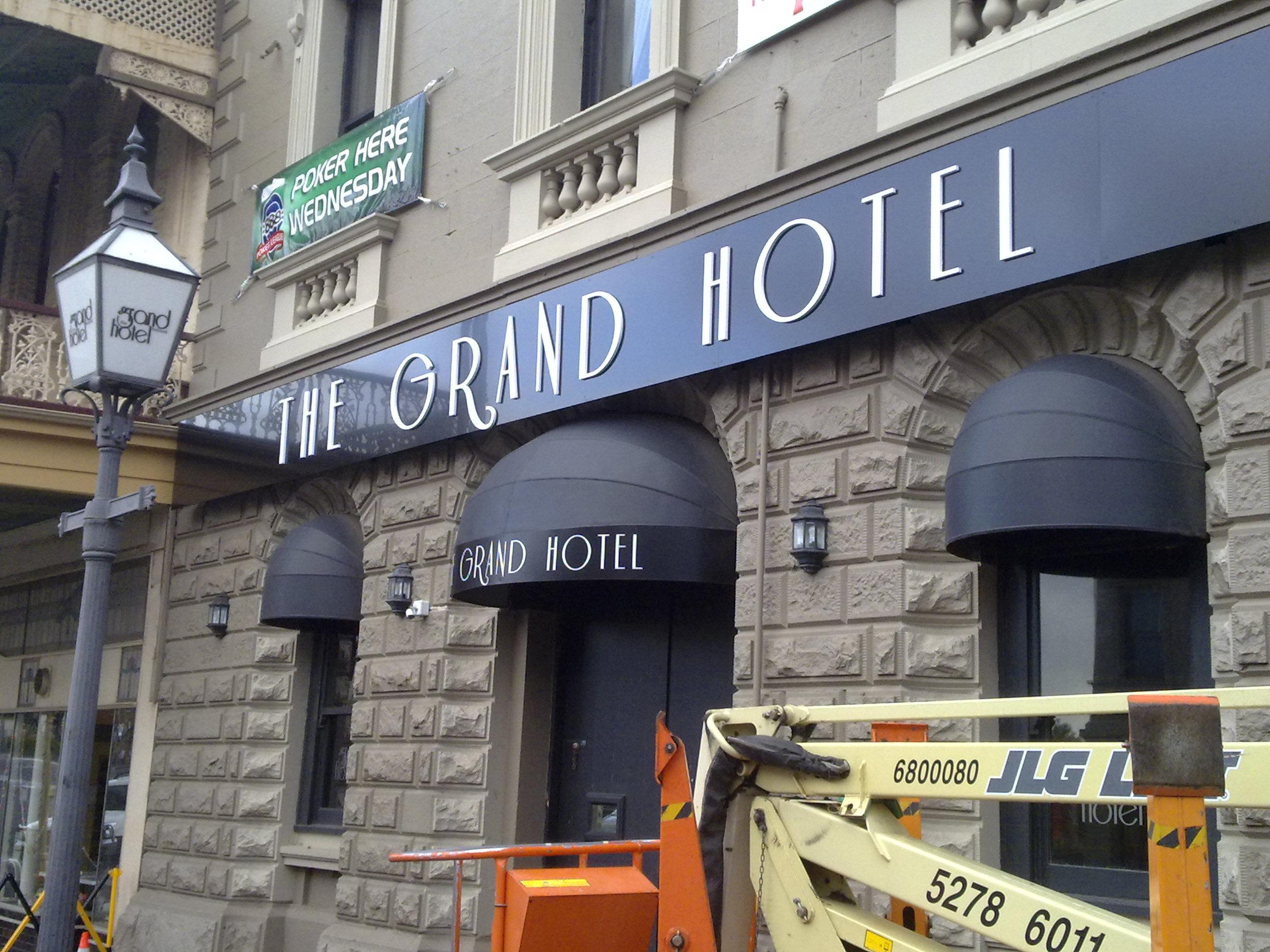 Grand Hotel Signs Geelong.jpg