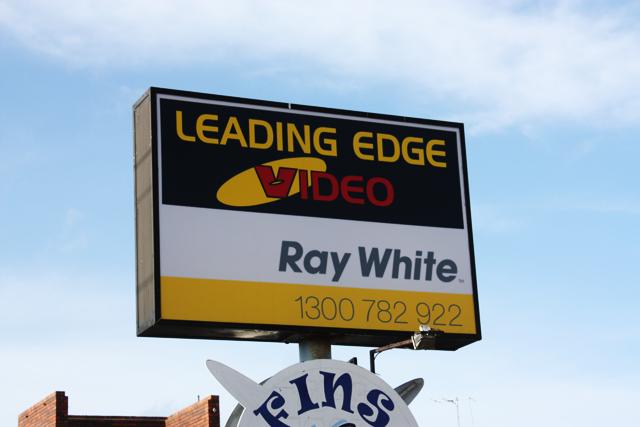 Leading Edge Signs Geelong.jpg