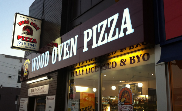 Wood Oven Pizza Lightbox sign Geelong.jpg