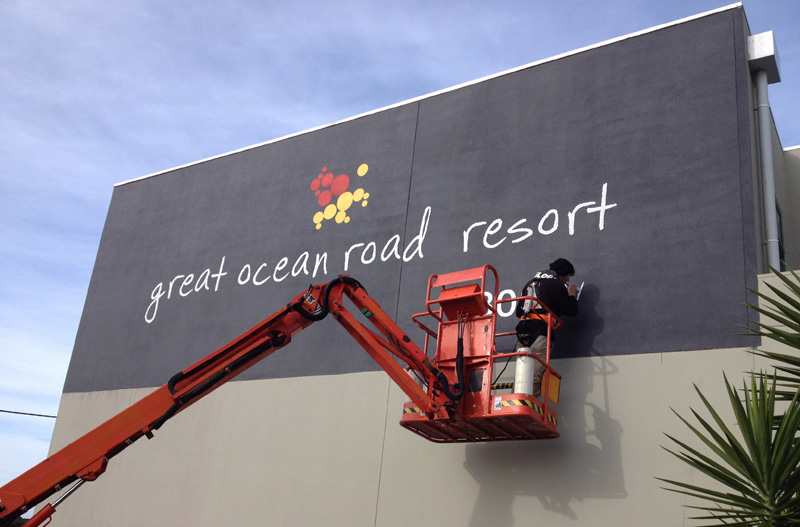 Great Ocean Road Resort Signwriting Geelong.JPG