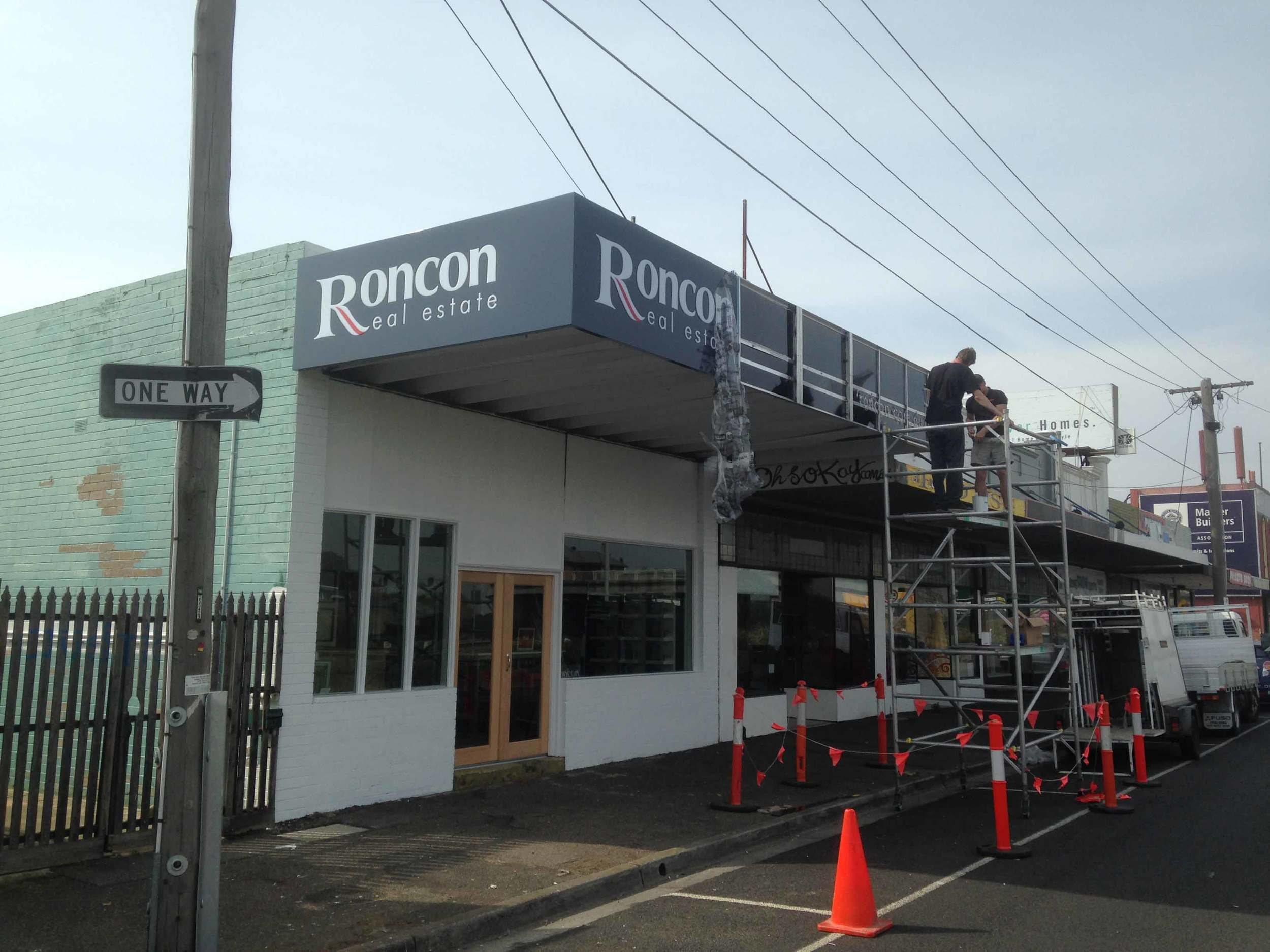 Roncon-Real-Estate-Corporate-Signs-Geelong.jpg