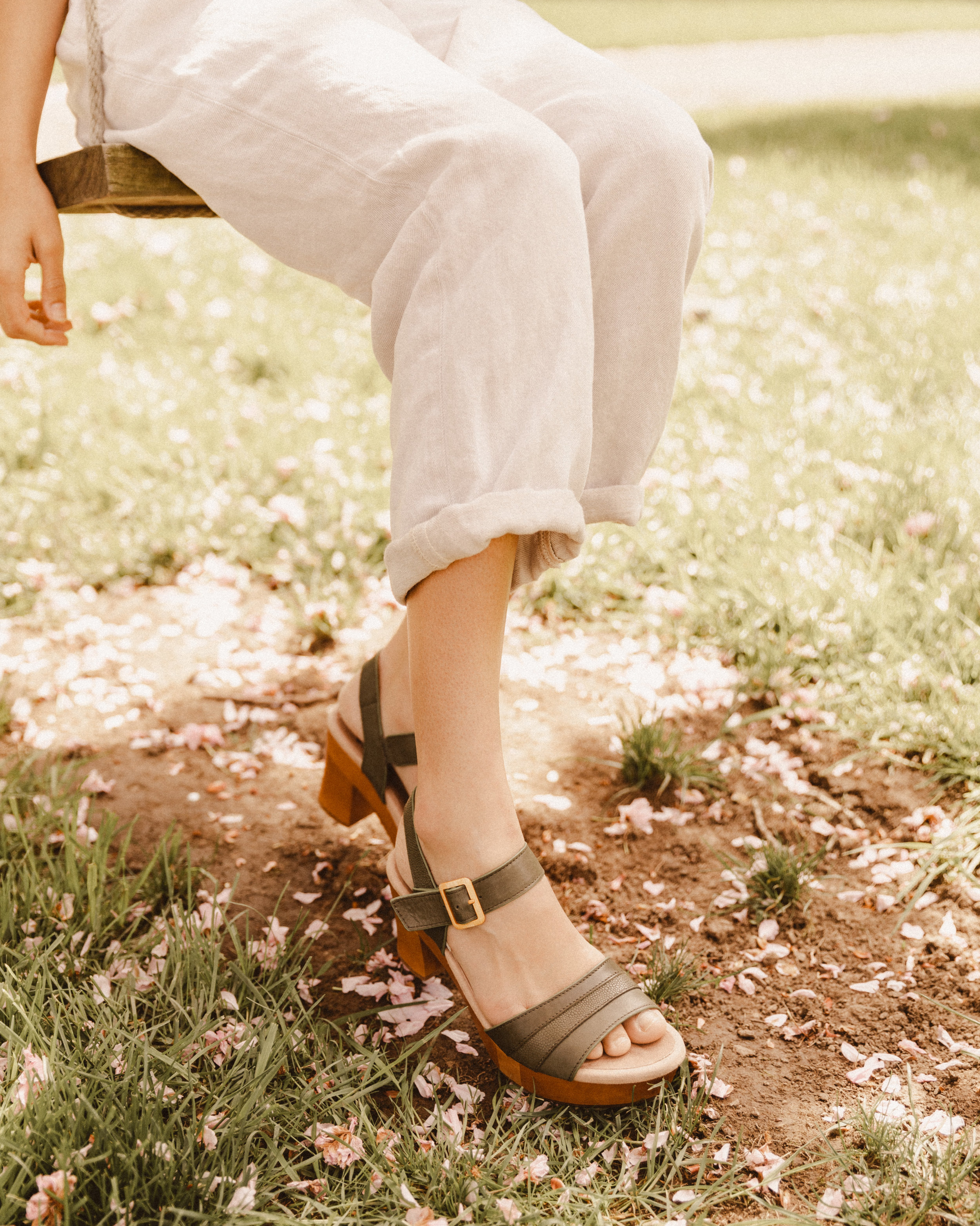 AliviaLatimerxEarthShoes-9.jpg