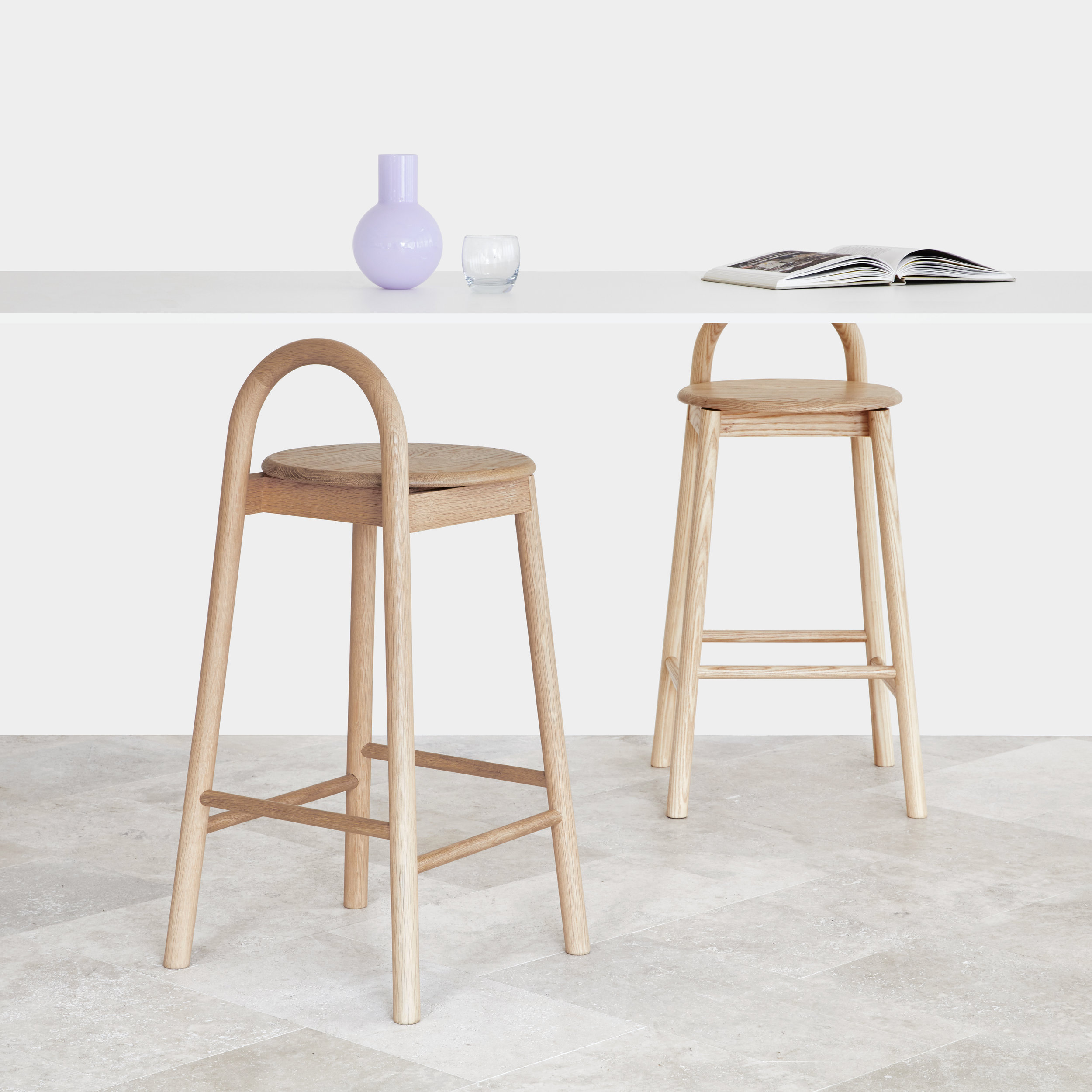 bobby-bar-stool-oak-ash-bar-top-setting-hr.jpg