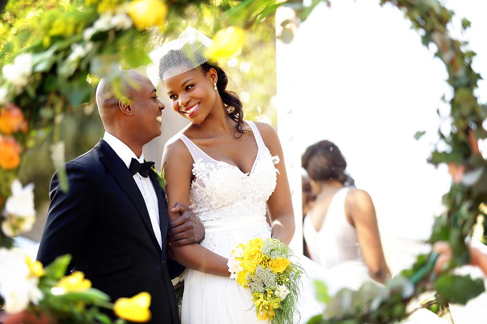 wedding-photographers-estilo-weddings-best-weddings-beautiful-couple-wedding-photography-nubian-bride-magazine-styled-shoot-south-africa__ (5).jpg