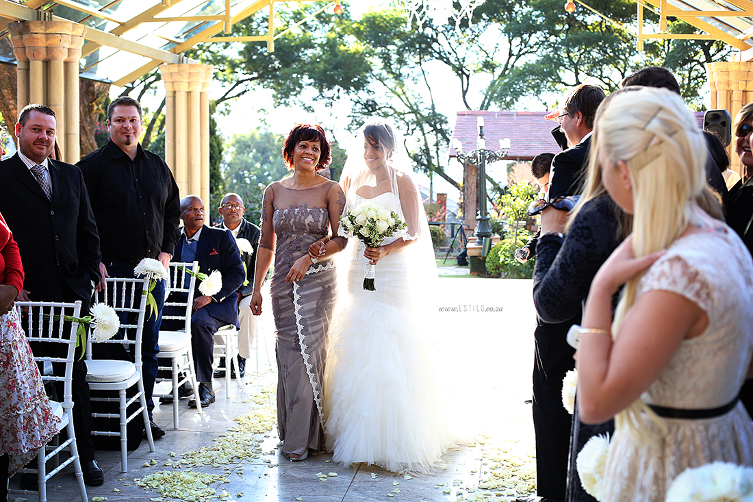 wedding-photographers-shepstone-gardens-best-wedding-photographers-south-africa-best-wedding-photographers-johannesburg-shepstone-gardens-wedding-photography (34).jpg