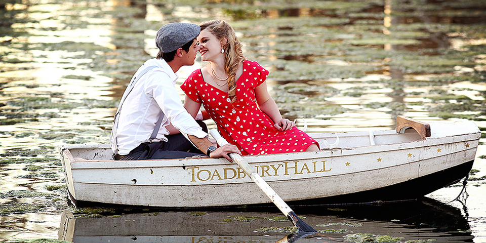 engagement-photo-shoot-Toadbury-hall-wedding-venue-johannesburg-pin-up-girl-look-couple-shoot-johannesburg-vintage-inspired-engagement-shoot-johannesburg (1).jpg