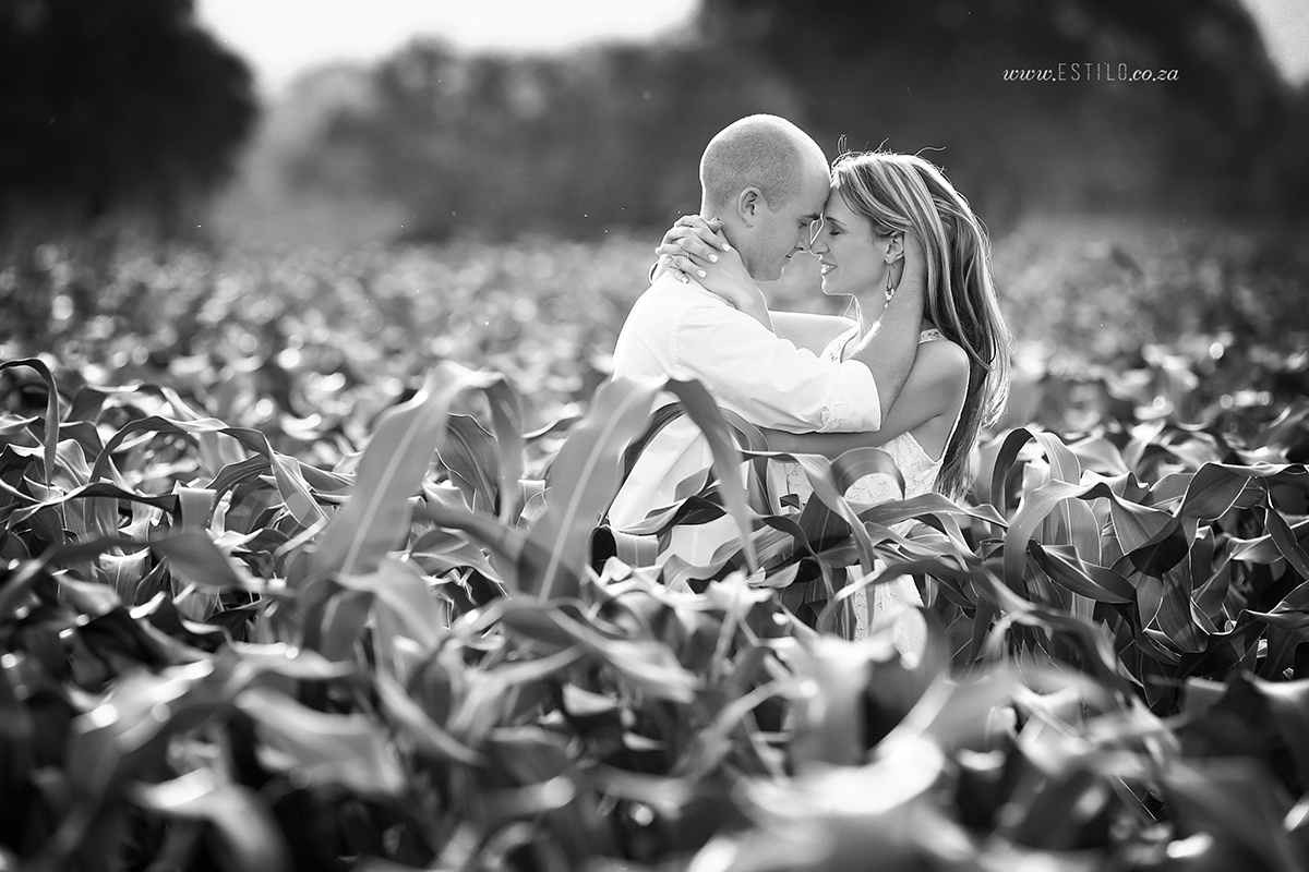 farm-engagement-shoot-Brits-couple-photo-shoot-country-couple-photo-shoot-engagement-session-in-Brits (7).jpg