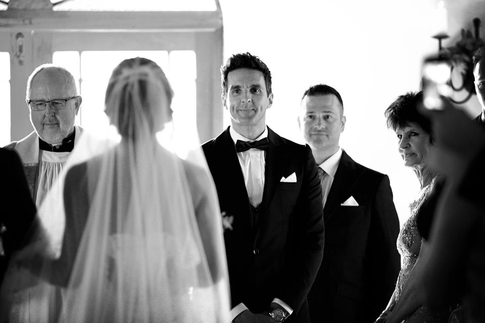 nicole-flint-miss-southafrica-wedding-cranford-country-lodge-wedding-weddingphotographers-desitnationweddings-parisweddings-015b.jpg