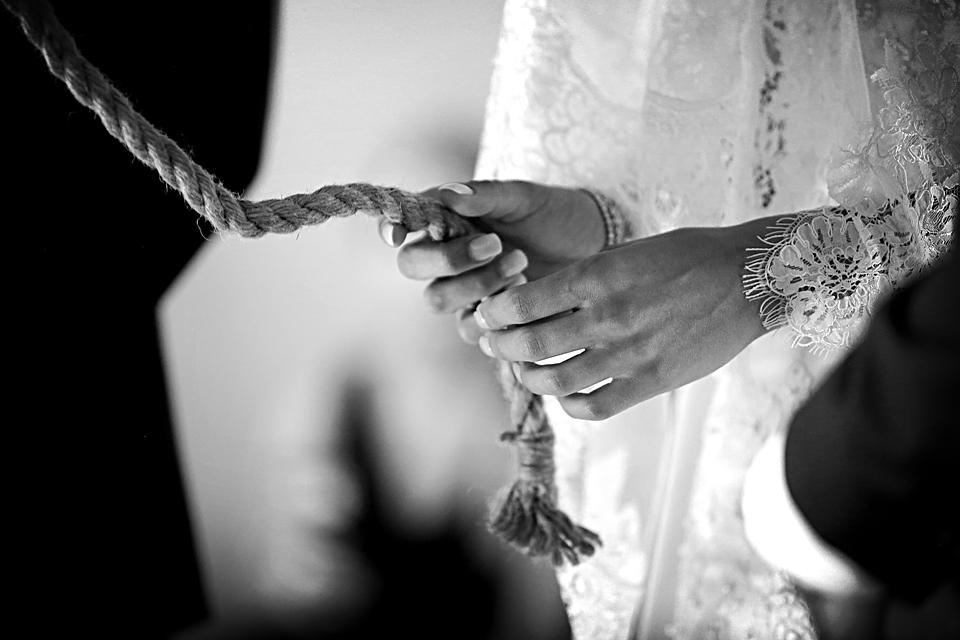 nicole-flint-miss-southafrica-wedding-cranford-country-lodge-wedding-weddingphotographers-desitnationweddings-parisweddings-017.jpg