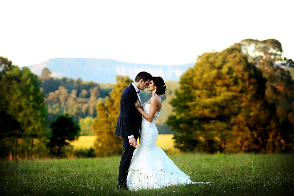 nicole-flint-miss-southafrica-wedding-cranford-country-lodge-wedding-weddingphotographers-desitnationweddings-parisweddings-024.jpg