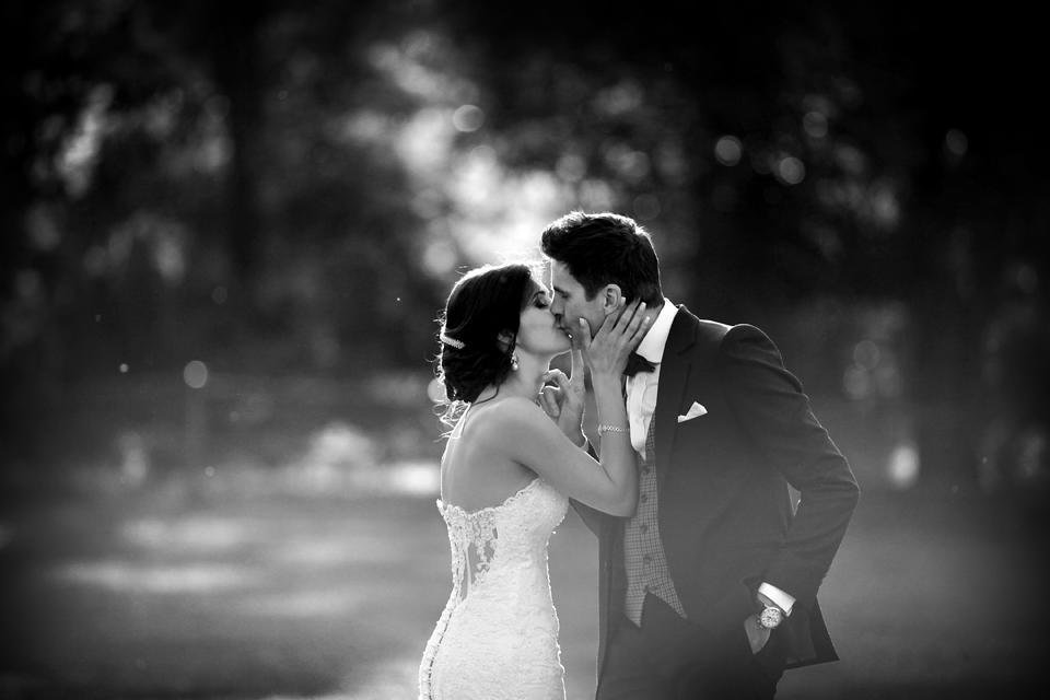 nicole-flint-miss-southafrica-wedding-cranford-country-lodge-wedding-weddingphotographers-desitnationweddings-parisweddings-025.jpg