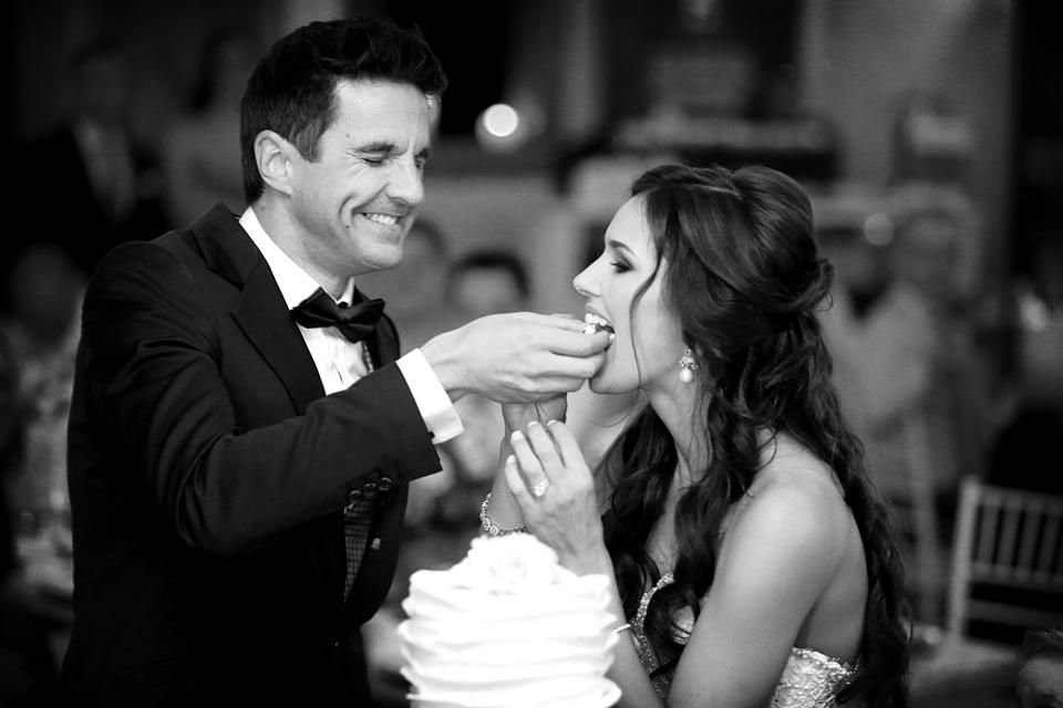 nicole-flint-miss-southafrica-wedding-cranford-country-lodge-wedding-weddingphotographers-desitnationweddings-parisweddings-049e.jpg