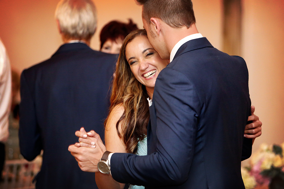 nicole-flint-miss-southafrica-wedding-cranford-country-lodge-wedding-weddingphotographers-desitnationweddings-parisweddings-049h.jpg