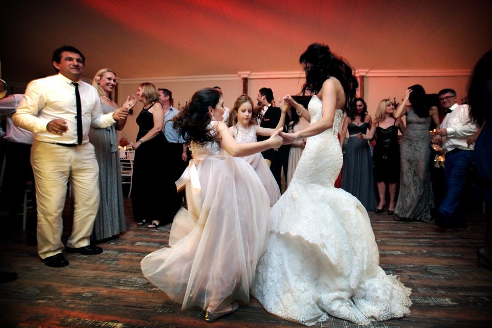 nicole-flint-miss-southafrica-wedding-cranford-country-lodge-wedding-weddingphotographers-desitnationweddings-parisweddings-049u.jpg