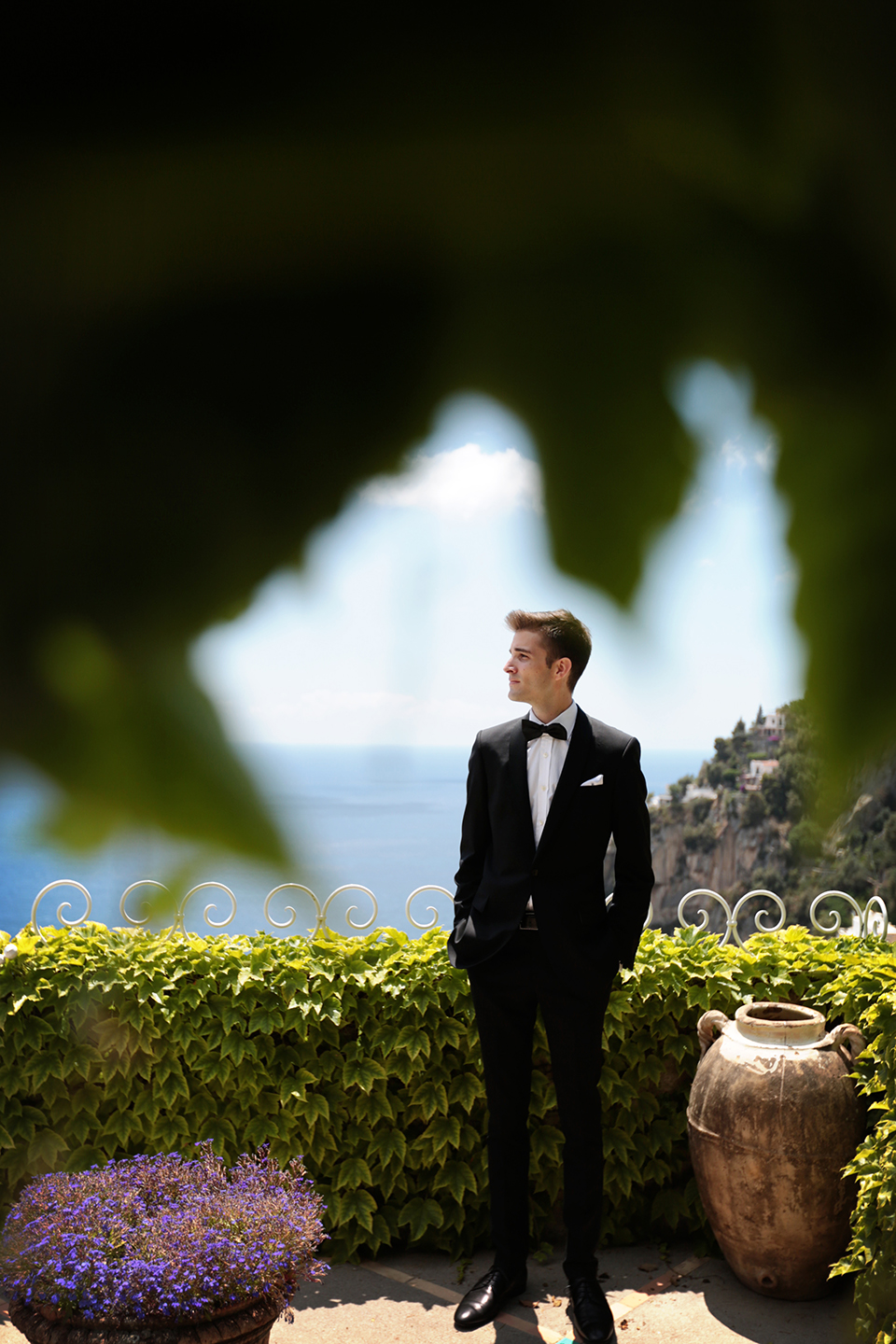 positano-weddin-photographers-italy-wedding-photographers-destination-wedding-photographers-estilo-best-wedding-photographers-in-the-world-casper-bosman-wedding-gown-wedding-style-stylish-modern-wedding-photography-017.jpg