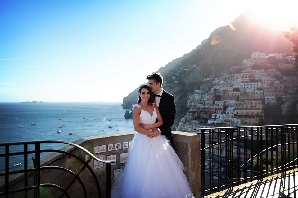 positano-weddin-photographers-italy-wedding-photographers-destination-wedding-photographers-estilo-best-wedding-photographers-in-the-world-casper-bosman-wedding-gown-wedding-style-stylish-modern-wedding-photography-046.jpg