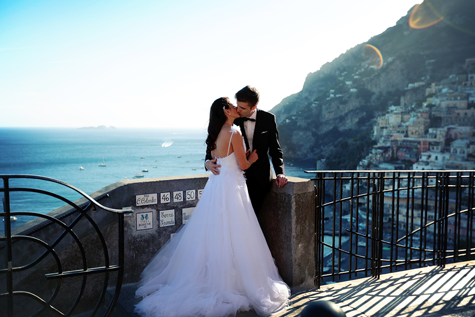 positano-weddin-photographers-italy-wedding-photographers-destination-wedding-photographers-estilo-best-wedding-photographers-in-the-world-casper-bosman-wedding-gown-wedding-style-stylish-modern-wedding-photography-053.jpg
