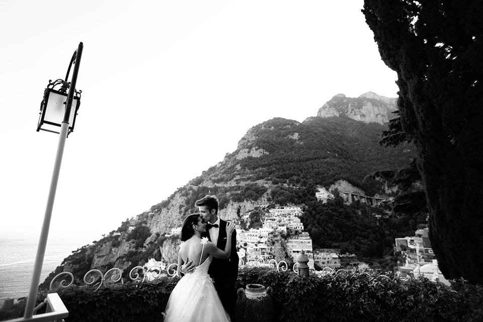 positano-weddin-photographers-italy-wedding-photographers-destination-wedding-photographers-estilo-best-wedding-photographers-in-the-world-casper-bosman-wedding-gown-wedding-style-stylish-modern-wedding-photography-062.jpg