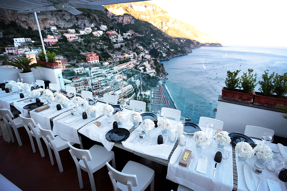 positano-weddin-photographers-italy-wedding-photographers-destination-wedding-photographers-estilo-best-wedding-photographers-in-the-world-casper-bosman-wedding-gown-wedding-style-stylish-modern-wedding-photography-070.jpg