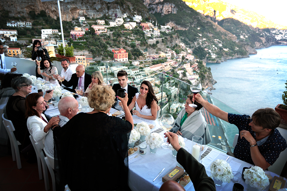 positano-weddin-photographers-italy-wedding-photographers-destination-wedding-photographers-estilo-best-wedding-photographers-in-the-world-casper-bosman-wedding-gown-wedding-style-stylish-modern-wedding-photography-072.jpg