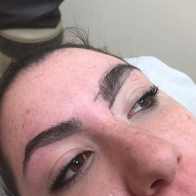 •|| Ending the week with a little brow rehab & goals. Client goals include: reshaping, symmetry, targeted regrowth. // #browrehab #browgoals #dmvbrows #naturalbrows #STYLEDbyOA #OABeautyAffair