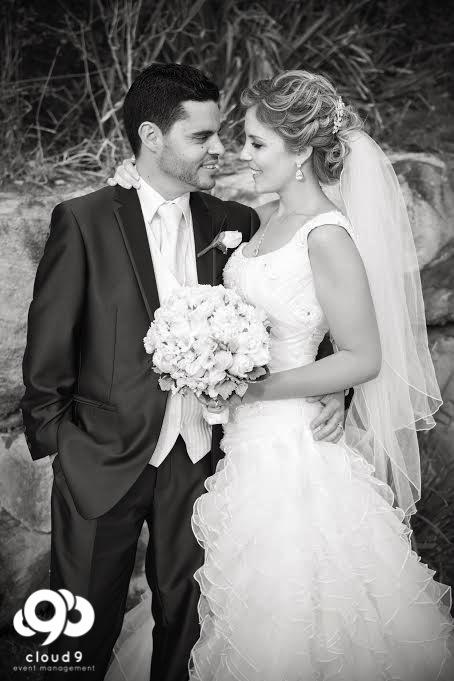 NarrabeenBeachSLSC_Wedding-8.jpg