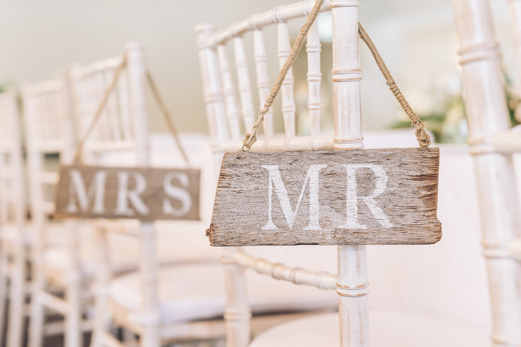Mr-Mrs-Wedding-Sign-Hire-Northern-Beaches.jpg