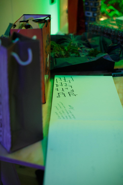 Guest_Book_Party_Ideas.jpg