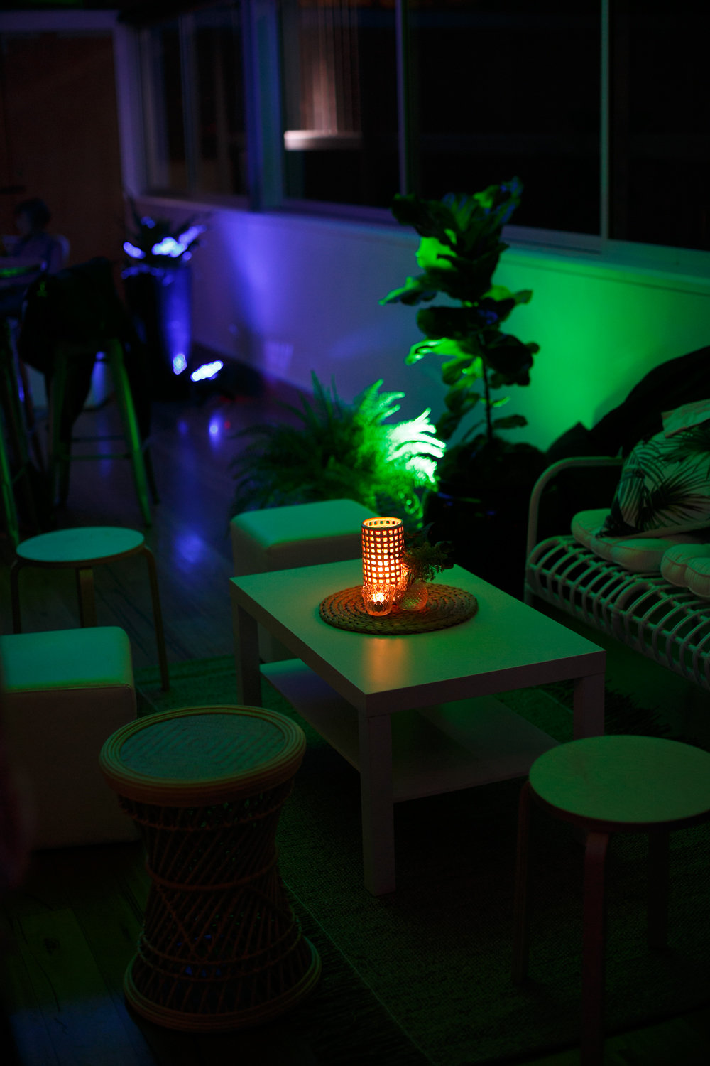 Lounge_Styling_Party_Planner_Mood_Lights.jpg