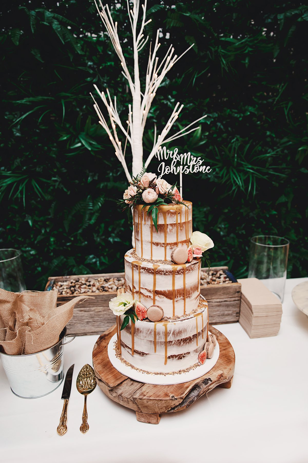 Wedding Cake Styled and Green Wall Manly.jpg