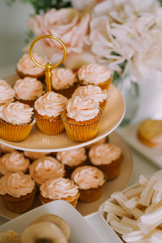 Cupcakes_Tiered_Gold_Cake_Stand_Sydney.jpg