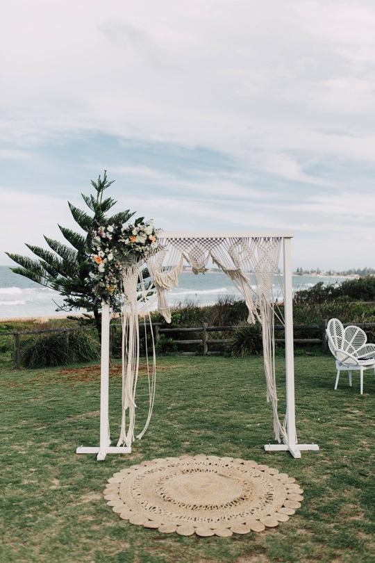 Northern_Beaches_Wedding_Stylist_Coastal_Boho_Ceremoy-3.jpg