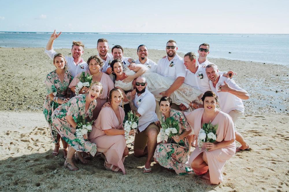 Fiji_Destination_Wedding_Planner_Faux_Flowers.jpg