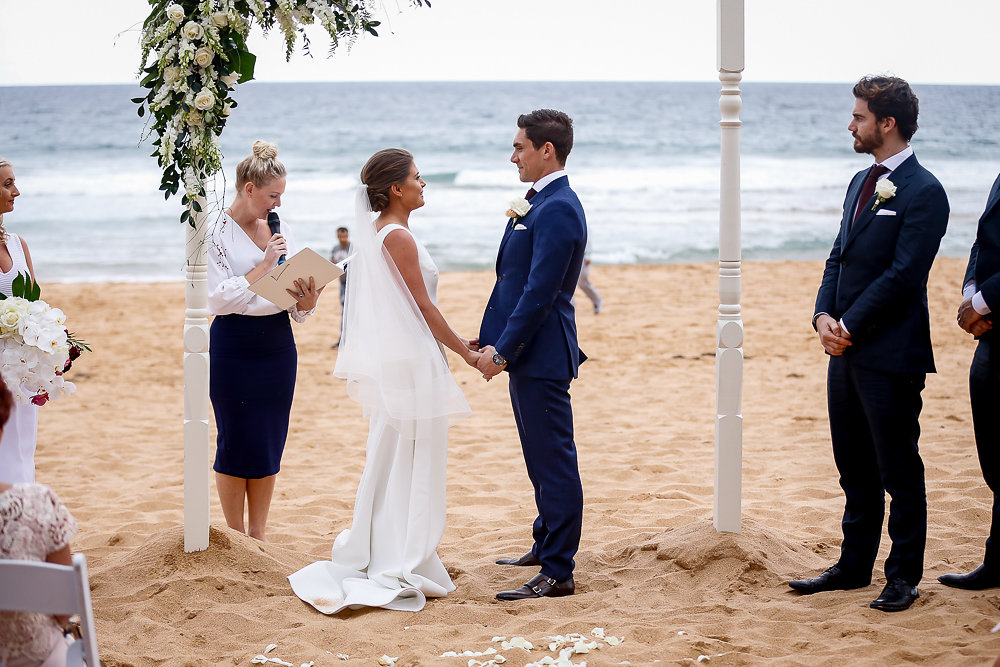 Romance_Beach_Wedding_Cermeony_Northern_Beaches_Hire.jpg