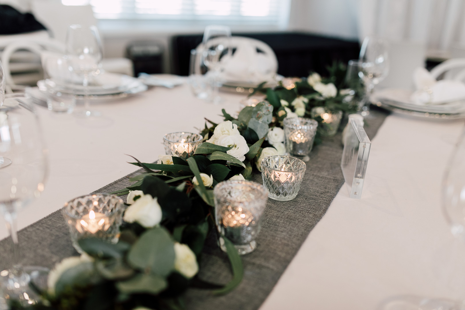 Classic_Table_Styling_Grey_Glass_White_Stylist_Event_Hire.jpg