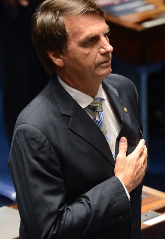 Jair Bolsonaro , foto por Antonio Cruz, 11 de fevereiro 2014 (Wikimedia Commons).