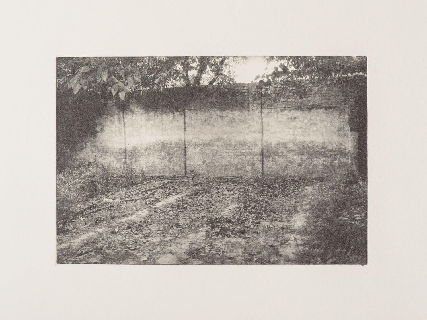 Finding Nowhere I   Photopolymer print on paper  23 x 30 cm  2016
