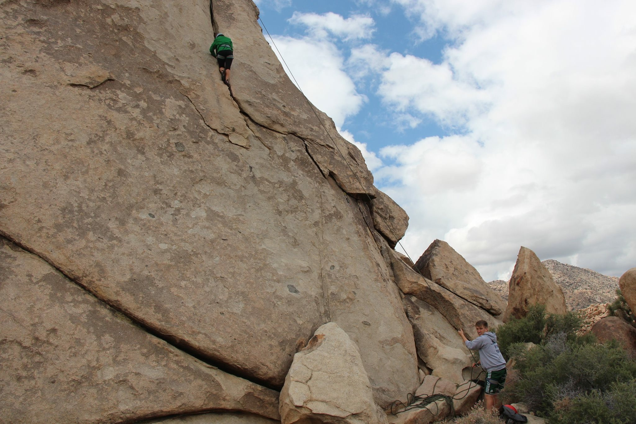 PC: R.Fernandez - loved climbing up the crack!