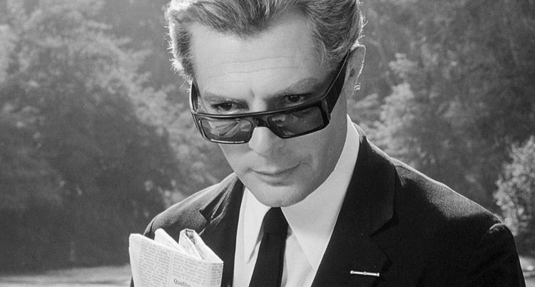 Mastroianni as Guido Anselmi .