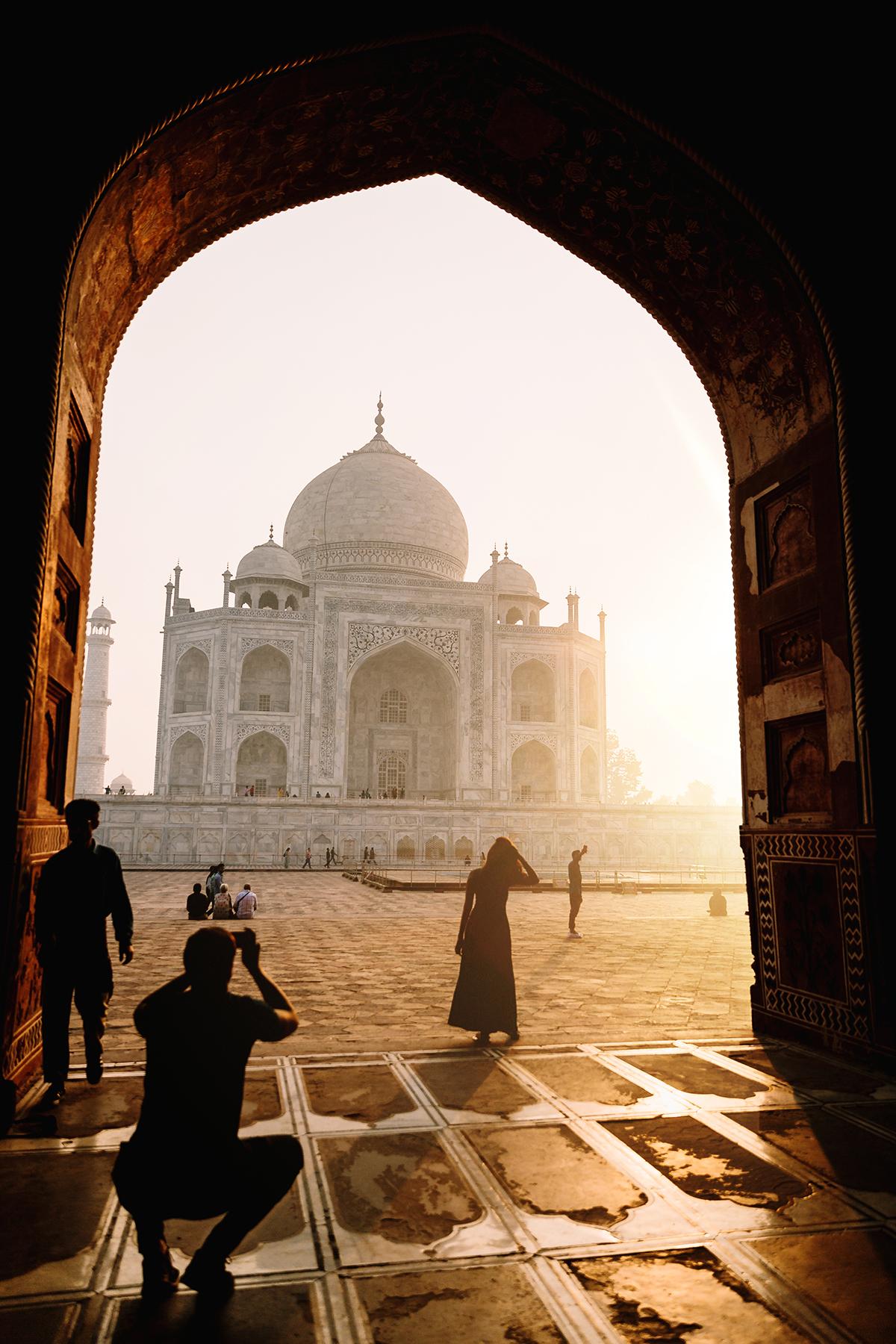 travel-photographer-taj-mahal.jpg