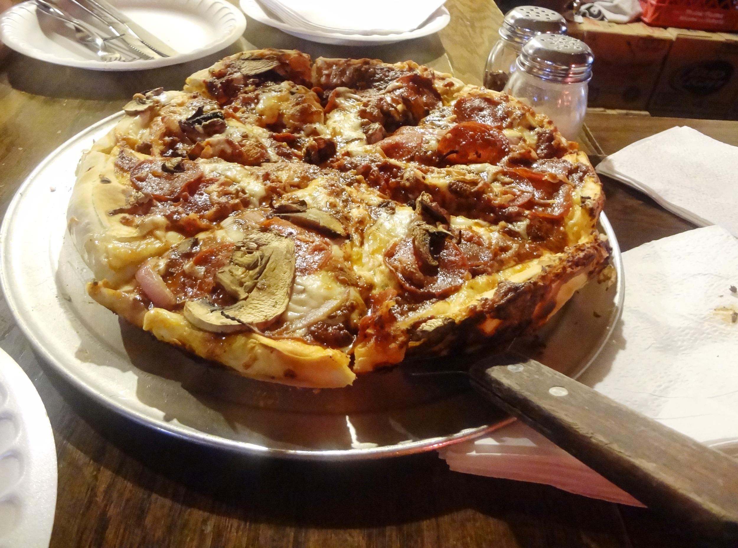 blackthorn pizza.jpg