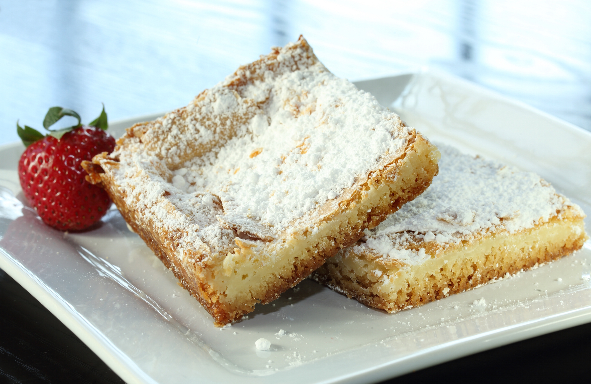Mom's Traditional Gooey Butter Cake