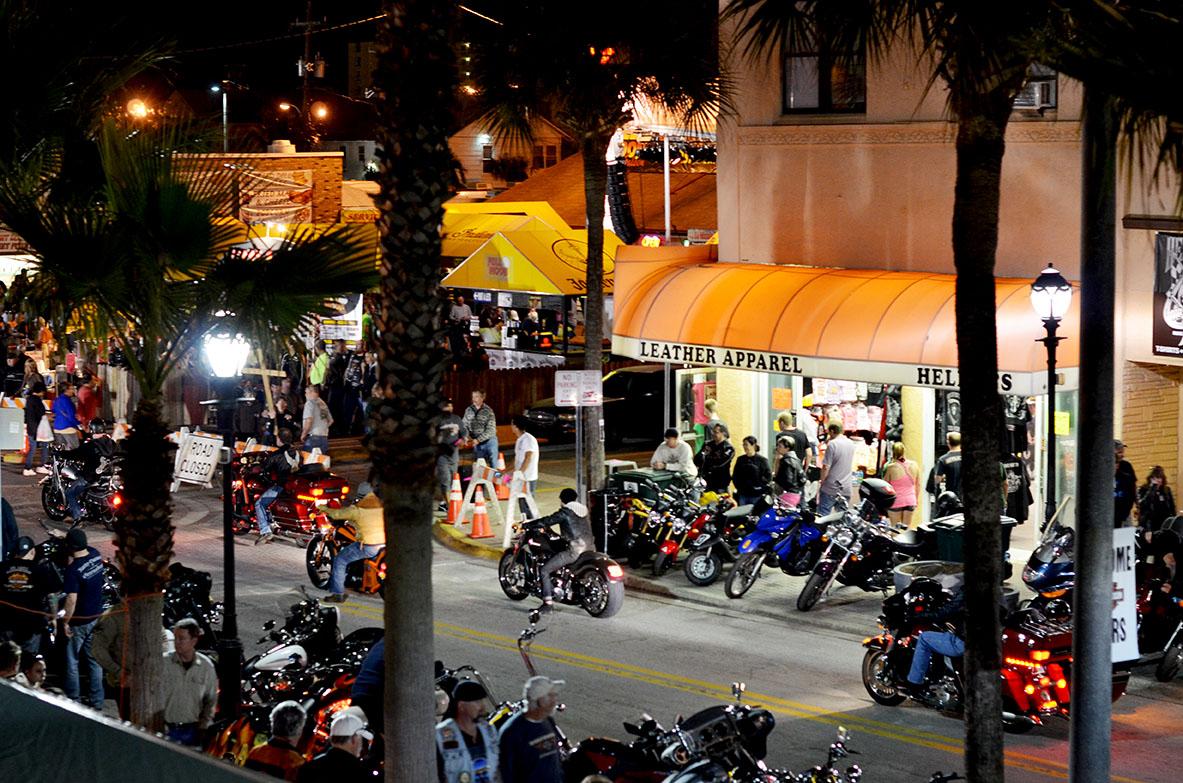 Main Street Cruz #10