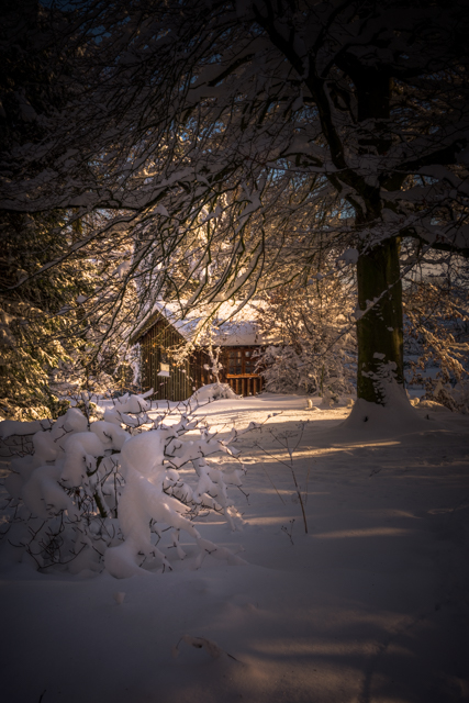 cabin in snow.jpg