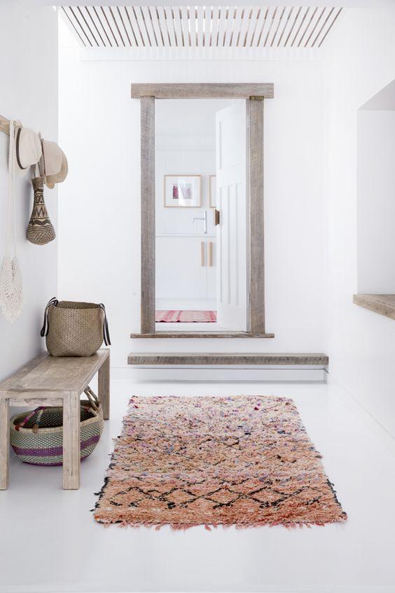 dia-7-entrada-pasillo-y-distribuidor-orden-y-limpieza-en-casa-ideas-elegantes-ideas-elegantes-de-dise-o-la-organizacion-en-el-pasillo-de-entrada-a-la-vivienda.jpg
