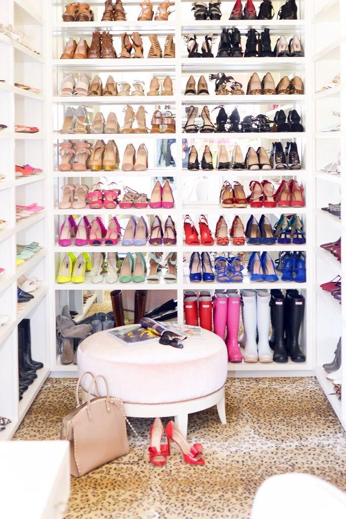 9-walk-in-closet.jpg