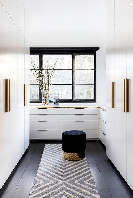 ¿Quién no ha soñado con tener su propio vestidor? - Uno de los espacios más deseados de la casa.