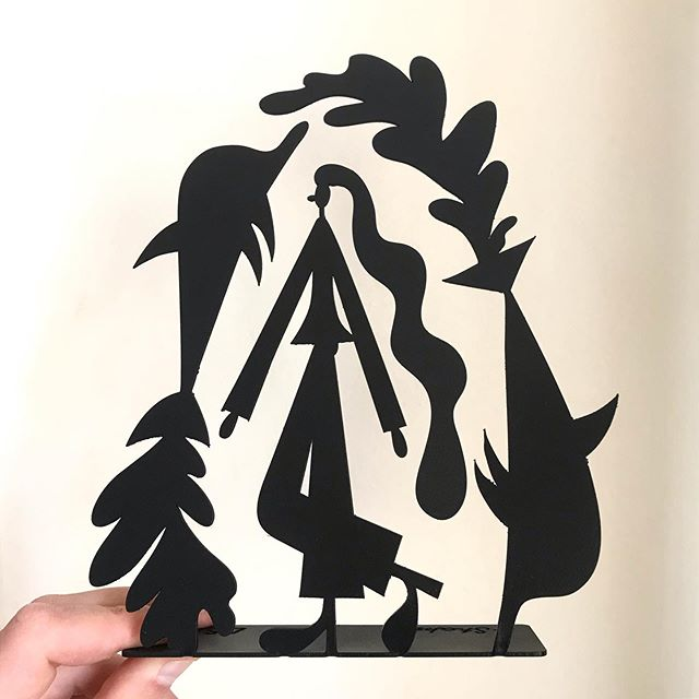 🐬🐬🐬 lil steel sculpture