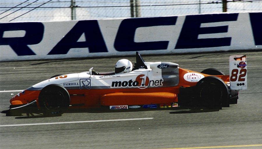 moto1.net race car.jpg